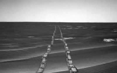 Space Photos of the Week: The Trail of Opportunity and More