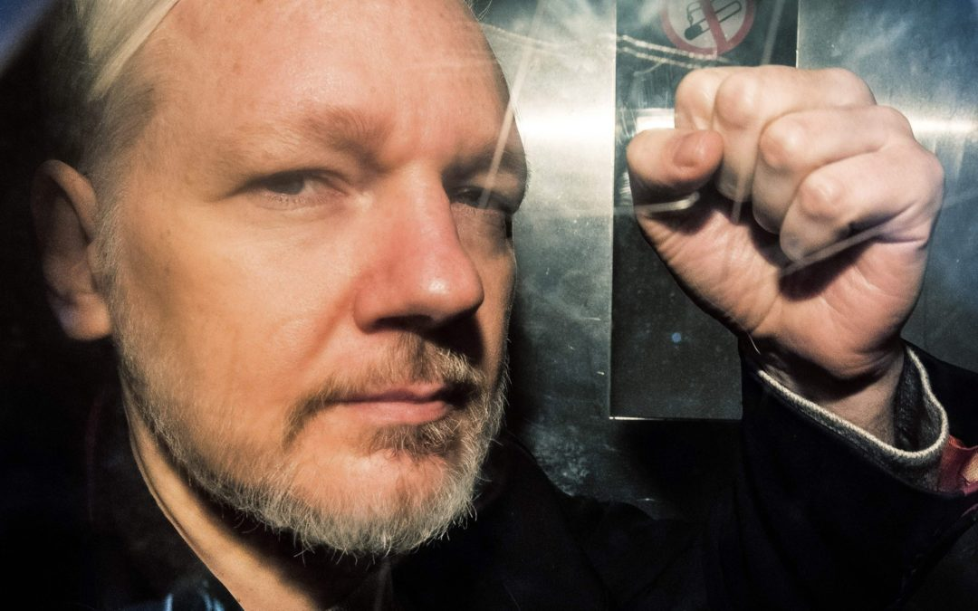 The Danger in Assange's Charges, a Memory Experiment, and More News