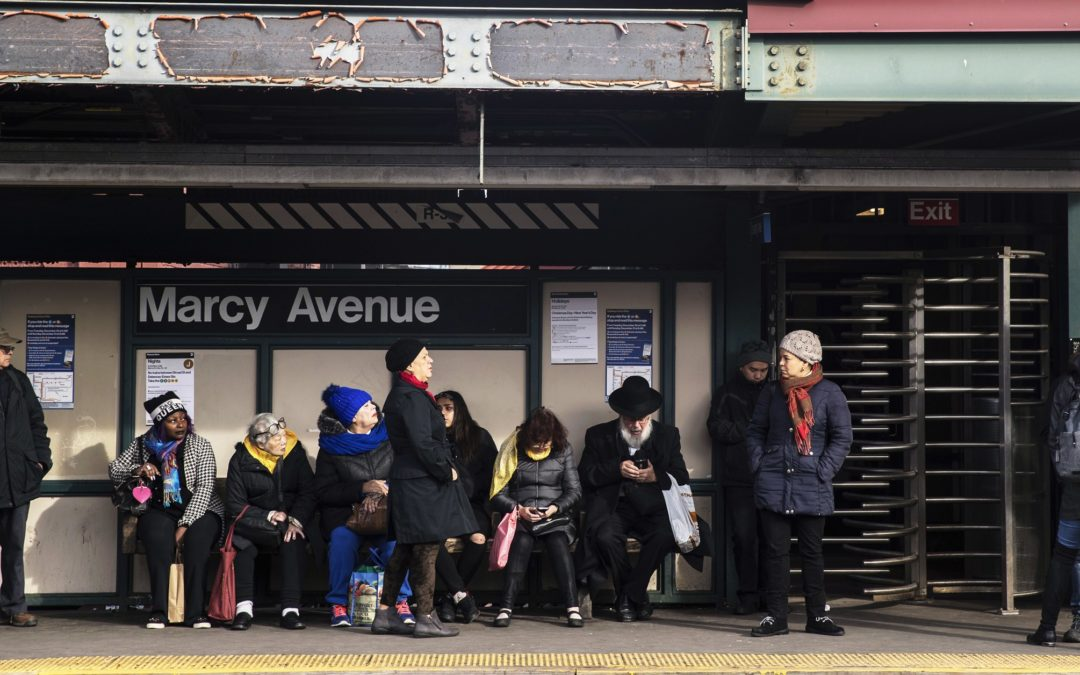 In New York, Friendships Run Along Subway Lines