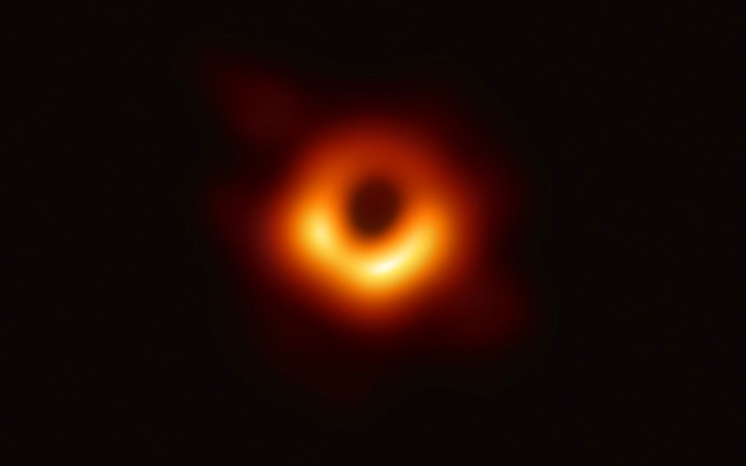 Space Photos of the Decade: Bright Objects and a Blurry Black Hole