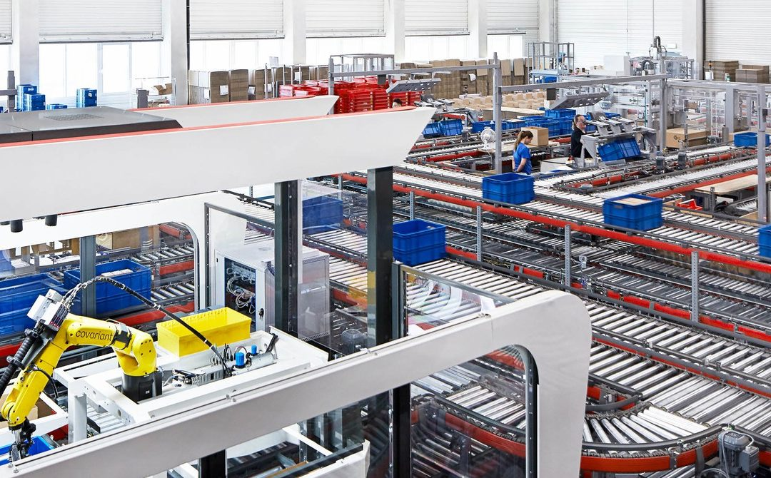AI Helps Warehouse Robots Pick Up New Tricks
